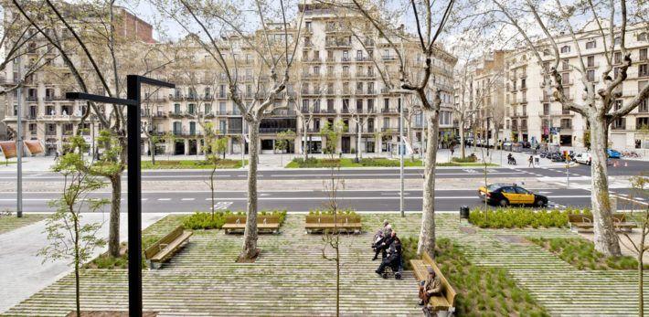 pavimento verde drenante passeig sant joan barcelona